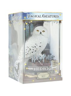 Harry Potter Magical Creatures Hedwig Figure, , hi-res