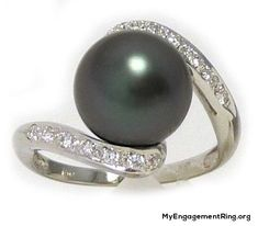 tahitian pearl engagement ring - My Engagement Ring love this. maybe not for an engagement ring but its just wicked pretty