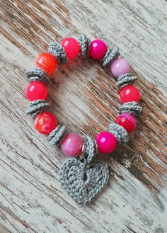 Stretch crochetted bracelet with jade and agate-red by SISSIis