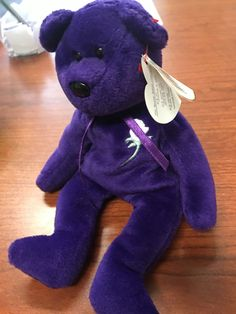 Princess Diana bear TY Beanie Baby worth lots of money! And 10 others worth hundreds or thousands Beanie Babies Worth, Beanie Babies Value, Rare Beanie Babies, Beanie Baby Bears, Beenie Babies, Valuable Beanie Babies, Ty Beanie, Beanie Buddies, Princess Diana Bear
