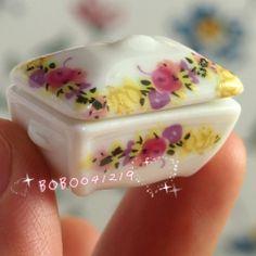 Dollhouse Miniature 1:12 Toy Kitchen Porcelain Plate Dish With Lid L2.8cm L-422