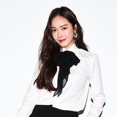 Ex Girl, Jessica Jung, Ralph Lauren Collection, Fashion Show, Fashion Design, Girls Generation, Blouses For Women, Women's Blouses, Preppy