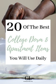 These affordable dorm room essentials are a must-have for your freshman college dorm room. These genius dorm room items are all under $20! #college #dorm Best College Dorms, College Dorm Desk, Dorm Room Desk, Dorm Room Closet, College Dorm Organization, Cozy Dorm Room, Dorm Room Storage, College Dorm Bedding, Dorm Room Necessities