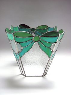 Stained glass; glas in lood on Pinterest