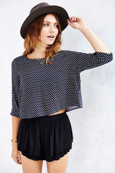 Pins And Needles 3/4 Sleeve Swing Top - Urban Outfitters