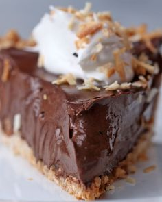 Dairy-free Chocolate Coconut Cream Pie Recipe by Tasty - Dessert Recipes Dessert Sans Gluten, Paleo Dessert, Gluten Free Desserts, Dairy Free Recipes, Vegan Desserts, Just Desserts, Dessert Recipes, Vegan Recipes, Paleo Meals