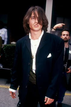 A Comprehensive Taxonomy of Men With Long Hair Johnny Depp And Winona, Young Johnny Depp, Here's Johnny, Sarah Jessica, Jessica Parker, Jonh Deep, Beautiful Boys, Pretty Boys, Johnny Depp Pictures