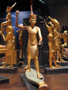 Tesoro de Tutankhamon.                                                                                                                                                                                 More
