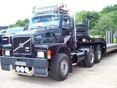 199 Volvo N12 Articulated (1987)