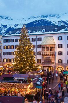 Weihnachtsmarkt Innsbruck Goldenes Dachl, einer der schönsten Weihnachtsmärkte in Österreich