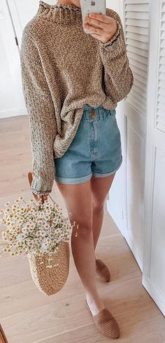 Our favorite type of outfit to wear 🕊✨ Tap to shop this cutie look. we just restocked our humble slides 🥳 Trendy Summer Outfits, Warm Outfits, Spring Outfits, Date Outfit Casual, Casual Outfits, Cute Outfits, Cute Fashion, Fashion Outfits, Bohemian Style Clothing