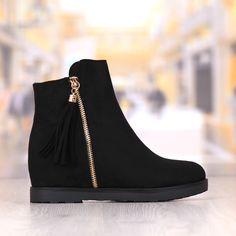 Ghete Dama Negre Cu Platforma Cod: 296P School Outfits, Wedges, Boots, Fashion, Crotch Boots, Moda, Fashion Styles, School Clothing, Everyday School Outfits
