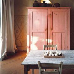 Pink patina, Tuscany style.