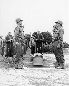 Funeral of Gen. Theodore Roosevelt Jr.in Sainte-Mère-Église on July 13, 1944. Theodore Roosevelt Jr, 4th Infantry Division, Cherbourg, Military Pictures, D Day, Historical Pictures, Normandy, World War Ii, American History
