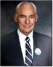 Sam Walton / Arkansas Billionaire. Founder of WalMart and a humble man with a…