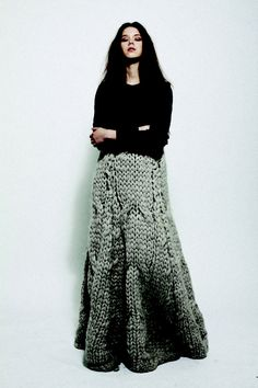 Jessica O'Connor Knit Maxi Skirt - Go, Etsy knitter, Go! Knit Skirt, Knit Dress, Dress Skirt, Sweater Skirt, Knitwear Fashion, Knit Fashion, Big Knits, Maxi Robes, Knitting Designs