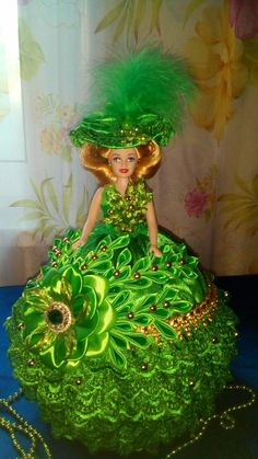 Barbie Gowns, Barbie Dress, Ooak Dolls, Art Dolls, Sewing Case, Glamour Dolls, Gown Pattern, Crochet Doll Clothes, Hand Embroidery Stitches
