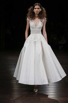 Naeem Khan Bridal Fall 2017 Fashion Show - NEW YORK BRIDAL FASHION WEEK
