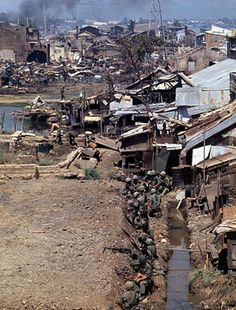 Battle line of  US Army at Saigon, Tet Offensive.