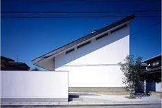 藤原・室 建築設計事務所  『奈良市四条大路の家』  http://www.kenchikukenken.co.jp/works/1085477397/1906/  #architecture