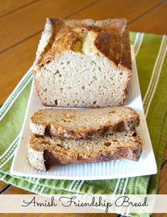 Bake with Friends: Amish Friendship Bread Starter Recipe - The Rebel Chick Friendship Bread Recipe, Friendship Bread Starter, Amish Friendship Bread, Coconut Banana Bread, Banana Bread Recipes, Amish Bread Starter, Yummy Treats, Yummy Food, Yummy Yummy