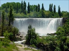 Salto del Laja, Chile #GTSA_SA Beautiful Sites, Beautiful Places, Living In Peru, Chili, Waterfall Fountain, South America Travel, Beautiful Landscapes, Amazing Nature, Travel Inspiration