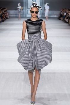 Giambattista Valli 2014-2015 Couture Sonbahar Koleksiyonu - Binx Walton