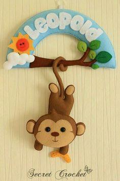 felt monkey name banner Felt Crafts Diy, Baby Crafts, Felt Name Banner, Hawaiian Party Decorations, Felt Wreath, Felt Mobile, Felt Baby, Felt Patterns, Felt Dolls