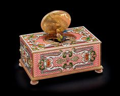 Cabinet Boxes, Automata, Elegant Homes, Casket, Potpourri, Singing, Decorative Boxes, Auction, Birds