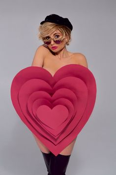 dress in the form of a heart #dress #vogue #fashion #look