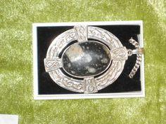 """Sølvkjede med """"Gardnos-breksje""""-stein"""
