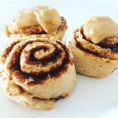 Read our delicious recipe for HEALTHY Iced Cinnamon Scrolls, a recipe from The Healthy Mummy, which is a safe and yummy way to lose weight. Healthy Mummy Recipes, Healthy Desserts, Low Carb Recipes, Baking Recipes, Cake Recipes, Snack Recipes, Ww Recipes, Easy Desserts, Recipies