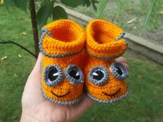 30 Best Knit Baby Shoes | PicturesCrafts.com