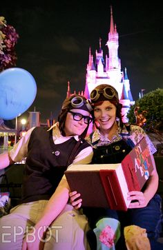 My husband and I dressed up as young Carl & Ellie from the movie Up! This was at Mickey's Not-So-Scary Halloween party in October I made the g. Carl and Ellie Mickey Halloween Party, Cute Couple Halloween Costumes, Holidays Halloween, Happy Halloween, Halloween Pics, Family Costumes, Disney Cosplay, Disney Costumes, Run Disney