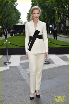 Cate Blanchett, Aishwarya Rai, & Hilary Swank Are Classy Ladies at Armani's 40th Anniversary!