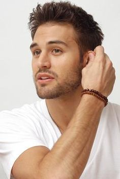 RYAN GUZMAN / ACTOR !                                                                                                                                                     Más