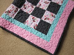 Minnie Mouse quilt by granniesraggedybags on Etsy, $50.00