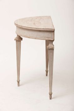 Italian Neoclassic Pair of Demilune Console Tables image 3