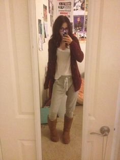 Love this lazy day comfy outfit!!