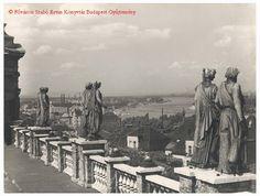 Kilátás a Wagner villa teraszáról, 1938 (Kép forrása) A II., Mecset utcai, négy saroktornyos, oszlopcsarnokos villa, mel...