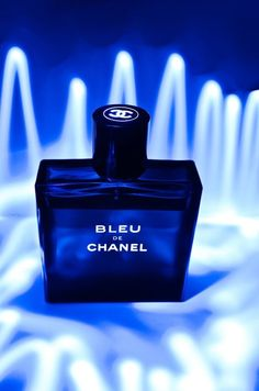 Bleu De Chanel...Sexy and sophisticated! Luxury Fragrance - http://amzn.to/2iFOls8
