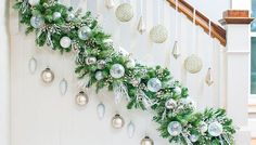 The Enchanting Christmas Banister Garland Ideas 74 With Additional Decoration Ideas With Christmas Banis beautiful design interior decoration modern apartment and home trends 2018 ideas wallpaper hd Christmas Stairs Decorations, Christmas Staircase, Diy Christmas Garland, Diy Garland, Diy Halloween Decorations, Christmas Design, Garland Ideas, Outdoor Garland, Elegant Christmas