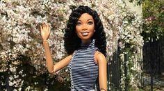 Super-here for the resurrected, Havana-twist-rocking Brandy doll.