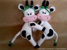 felt cow cuties