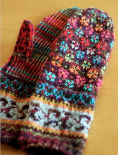 made from sock yarn scraps really gorgeous work great colors- Peerie Floores pattern Mittens Pattern, Knit Mittens, Knitted Gloves, Knitting Socks, Baby Knitting, Wrist Warmers, Hand Warmers, Knitting Charts, Knitting Patterns