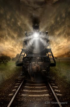 "Trens e Locomotivas by Daniel Alho / ""Night Train""   ..rh"