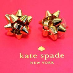KSNY christmas bow earrings
