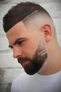 Top 100 Mens Haircuts 2018 Textured Crop + Fade Check out our gallery For more Mens Hairstyles . Best Short Haircuts, Popular Haircuts, Haircuts For Men, Barber Haircuts, Crop Haircut, Fade Haircut, Medium Hair Styles, Curly Hair Styles, Undercut Hairstyles