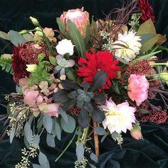 cool vancouver florist #bouquet #peony #flowers #smflowers #northvan #northvanflorist #northvanflowers #shopnorthvan #vancouverflowers by @sm_flowers  #vancouverflorist #vancouverflorist #vancouverwedding #vancouverweddingdosanddonts
