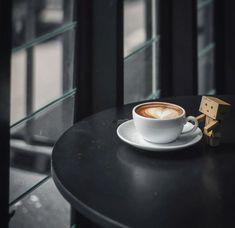 Black Coffee, Hot Coffee, Coffee Is Life, Coffee And Books, Study Inspiration, Coffee Cafe, Coffee Photography, Drinks, Tableware